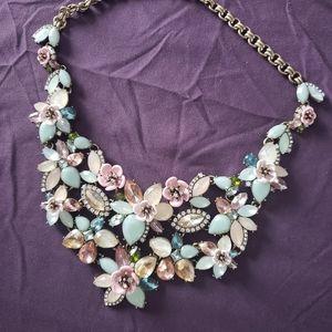 Femme de fluers statement necklace chloe
